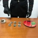 In giro con la droga 40enne arrestato dai Carabinieri a Zagarise
