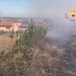 Incendio macchia mediterranea nel Catanzarese, danni ad abitazione