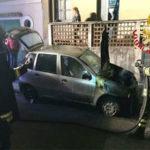 Auto in fiamme nel Vibonese, indagini Carabinieri