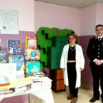 Lamezia: libreria a forma di albero consegnata Reparto Pediatria
