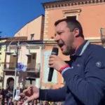"""Salvini a Berlusconi """"anch'io coglione, sostengo questo governo"""""""
