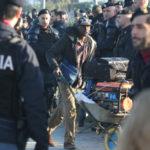 Migranti: San Ferdinando, continua smantellamento baraccopoli