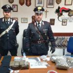 Vibo Valentia: armi, munizioni e droga sequestrati dai Carabinieri