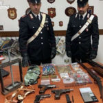 Armi e ricettazione, coniugi arrestati a Isola Capo Rizzuto