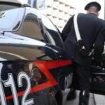 Droga: tenta di disfarsi di stupefacenti, arrestato nel Cosentino