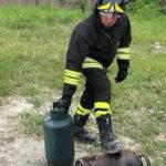 Crotone: bombola gpl squarciata messa in sicurezza da Vigli Fuoco