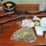 Cosenza: droga ed armi trovate in una palazzina disabitata in centro