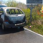 Lamezia: auto in fiamme contrada Malaspina, salvi i passeggeri