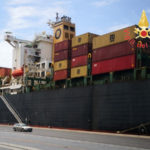Incendio su nave container nel porto di Gioia Tauro, un ferito