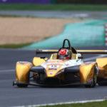 Automobilismo: il calabrese Danny Molinaro sbaraglia tutti in gara 1