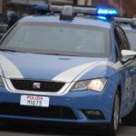 Droga: trovato in possesso di cocaina aggredisce agenti, arrestato