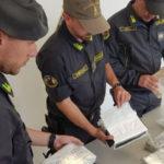 Droga: 7 kg coca in auto, arrestato dopo sbarco da nave in Sardegna