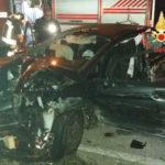 Incidenti stradali:  Ford Fiesta impatta contro muro, un ferito