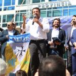 """Salvini contestato a Catanzaro, """"Moscerini rossi"""""""