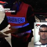 Aggredisce passanti e carabinieri, giovane arrestato a Catanzaro