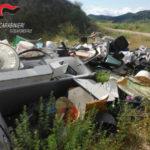 Abbandonavano rifiuti, scoperti e sanzionati nel Catanzarese