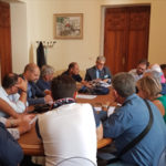 Reggio: Pizzimenti la città continua ad essere invasa da sacchetti