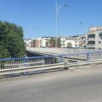 Incidenti stradali: auto sbanda nel centro di Cosenza, un ferito