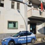 Droga: tenta di sfuggire alla Polizia, inseguito e arrestato