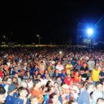 Sport: un mare di gente alla presentazione dell'Us Catanzaro