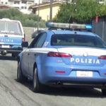 Molesta passanti poi aggredisce poliziotti, un arresto a Crotone