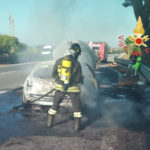 Incendi: a fuoco sulla statale 280 Renault Megane, nessun ferito