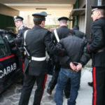 Stalking: perseguita ex moglie nonostante divieti, arrestato a Catanzaro