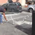 Atto vandalico nella notte a Catanzaro, scultura gettata a terra