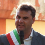 """Bimbo aggredito: sindaco Mendicino (Cs), """"Con lui tutta la comunità"""""""