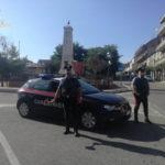 Fugge con auto rubata e tenta investire Cc, arrestato nel Lametino