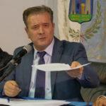 Coronavirus: Crosia, sindaco limita attività commerciali