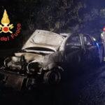 Incendi: a fuco sulla provinciale 77 Citroen C3