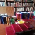 La scienziata Amalia Bruni dona i suoi libri alla Biblioteca Comunale di Girifalco