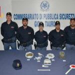 Droga: tre gambiani trovati con cannabis arrestati dalla Polizia