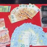 Droga: eroina e denaro in camera da letto, arresto nel Reggino