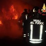 Incendi: a fuoco sulla provinciale 107 una Citroen