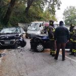 Incidenti stradali: scontro tra due auto sulla provinciale 159, tre feriti