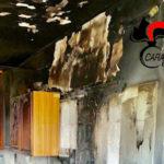 Incendio in casa, coniugi salvati da maresciallo nel Cosentino