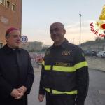 Visita dell'arcivescovo al Comando dei vigili del fuoco di Crotone