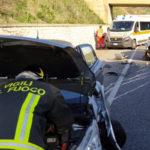 Incidente: scontro frontale sulla 106 nel Catanzarese, due feriti