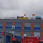 Lavoro: licenziamento, protesta su tetto ospedale a Cosenza