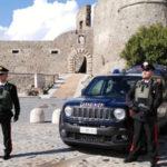 Molesta 16enne alla fermata del bus nel Catanzarese, arrestato