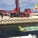 Recuperata dai Vigili del Fuco imbarcazione affondata