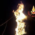 Incendi: a fuoco nel comune di Gizzeria cabina Enel