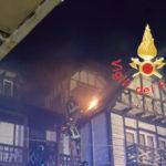 Incendi: a fuoco albergo delle Fate a Villaggio Mancuso