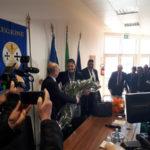 Calabria: si è insediata Jole Santelli, trova fiori e dossier