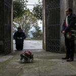 Maida, omaggio del sindaco Salvatore Paone ai defunti