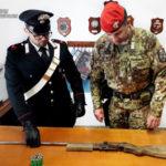 Armi: fucile e cartucce in un tubo, un arresto nel Reggino