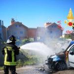 Incendi: a fuoco a Tiriolo una vettura Citroen C3 in transito