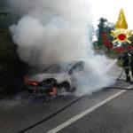 Lamezia: Incendio autovettura contrada Acquadauzano